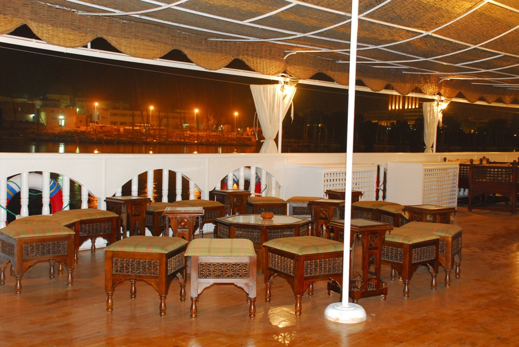 Dahabiya-Amoura-Oriental-Tours-Egypt-21